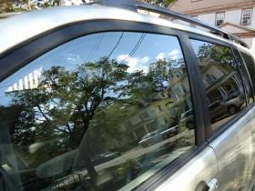 Keičia automobilių stiklus